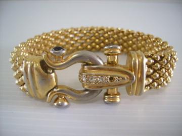 gold mesh bracelet clasp